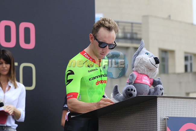 Michael Woods (CAN) Cannondale-Drapac at sign on before Stage 2 of the 100th edition of the Giro d'Italia 2017, running 221km from Olbia to Tortoli, Sardinia, Italy. 6th May 2017.<br /> Picture: Ann Clarke | Cyclefile<br /> <br /> <br /> All photos usage must carry mandatory copyright credit (&copy; Cyclefile | Ann Clarke)