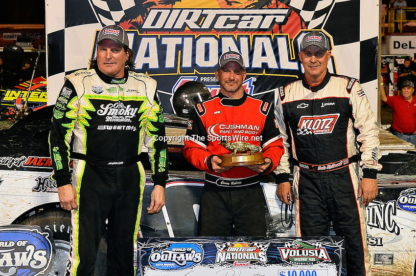 Feb 20, 2014; 9:49:50 PM;  Barberville, FL, USA;  World of Outlaws Late Model Series for 43rd Annual DIRTcar Nationals presented by Summit Racing Equipment at Volusia Speedway Park.  Mandatory Credit: (thesportswire.net)