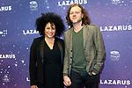 Premiere musical  David Bowie's Lazarus in DeLaMar, Amsterdam.<br /> <br /> Op de foto:  Tania Kross en vriend