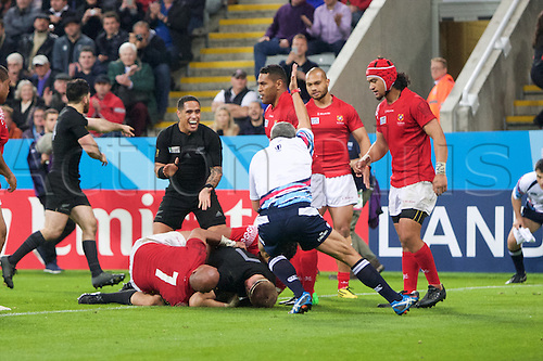 09.10.2015. St James Park, Newcastle, England. Rugby World Cup. New Zealand versus Tonga. New Zealand All Black flanker Sam Cane scores a try.