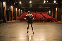 """La compagnia teatrale """"Gli amici di Luca"""" , della Casa dei Risvegli di Bologna per il trattamento e la cura delle persone uscite dal coma, ha messo in scena il suo ultimo spettacolo: Pinocchio"""