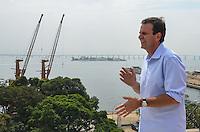 RIO DE JANEIRO, RJ, 28 AGOSTO 2012-O PREFEITO EDUARDO PAES VISITA OBRAS DO MUSEU DE ARTE DO RIO-O Prefeito do Rio de Janeiro, Eduardo Paes, visita nesta terca feira, 28 de agosto, as obras do Museu de Arte do Rio, integrante do projeto Porto Maravilha, na Praca Maua, centro do Rio de Janeiro.(FOTOMARCELO FONSECA BRAZIL PHOTO PRESS).