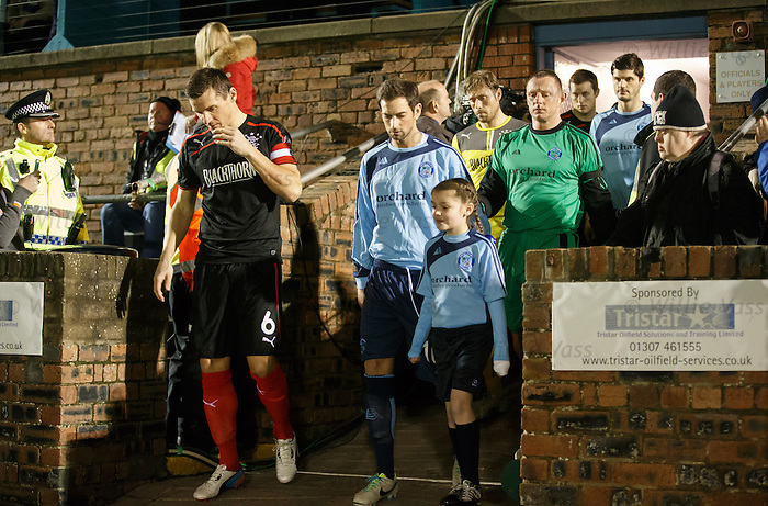Lee McCulloch and Gavin Swankie lead the teams out at Station Park