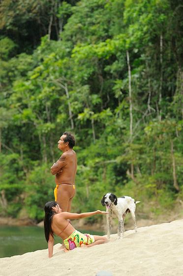Días de campo / comunidad indígena emberá, Panamá.<br /> <br /> Edición de 10 | Víctor Santamaría.