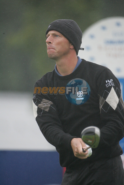 Soren Hansen tees off on the 1st hole during the first round of the Smurfit Kappa European Open at The K Club, Strffan,Co.Kildare, Ireland 5th July 2007 (Photo by Eoin Clarke/NEWSFILE)