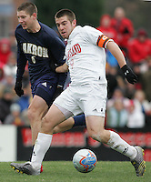 DEC 3, 2005: College Park MD, USA: Maryland Terrapins forward (9) Jason Garey dribbles up the field while playing the Akron Zips at Ludwig Field. Mandatory Credit: Photo By Brad Smith-International Sports Images (c) Copyright 2005 Brad Smith