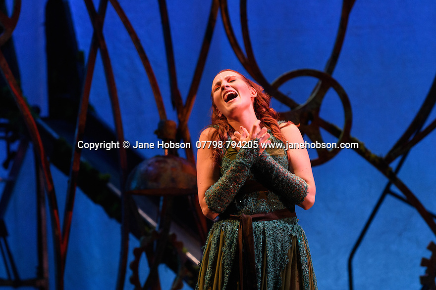 London, UK. 13.10.2016. English Touring Opera preents LA CALISTO, by Francesco Cavalli, at the Hackney Empire, before embarking on a UK tour. Directed and conducted by Timothy Nelson, with lighting design by Mark Howland, and design by takis. Picture shows: Paula Sides (Calisto). Photograph © Jane Hobson.