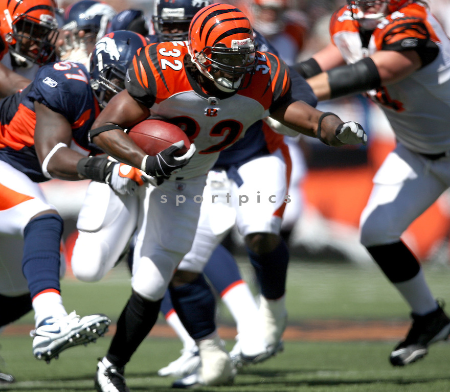 CEDRIC BENSON,of the Cincinnati Bengals, in actions during the Bengals  game against the Denver Broncos  on September 13, 2009 in Cincinnati, OH  The Broncos beat the Bengals 12-7.
