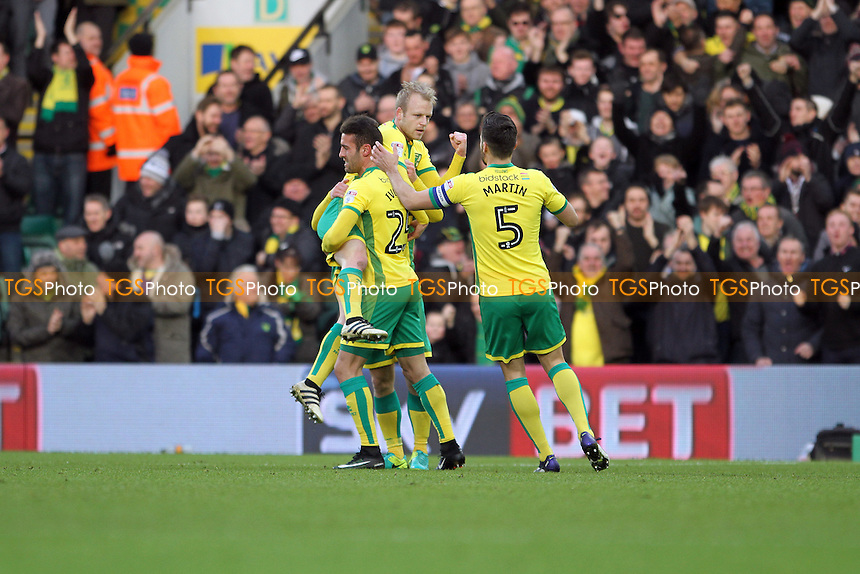Steven Naismith of Norwich City celebrates his goal during Norwich City vs Wolverhampton Wanderers, Sky Bet EFL Championship Football at Carrow Road on 21st January 2017