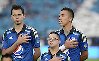 BOGOTA - COLOMBIA -14 -03-2015: Gabriel Diaz y Fernando Uribe jugadores de Millonarios durante los actos protocolarios previo all encuentro entre Millonarios e Independiente Santa Fe por la fecha 10 de la Liga Águila I 2015 jugado en el estadio Nemesio Camacho El Campín de la ciudad de Bogotá./ Gabriel Diaz and Fernando Uribe players of Millonarios duiring the formal events prior the match between Millonarios and Independiente Santa Fe for the 10th date of the Aguila League I 2015 played at Nemesio Camacho El Campin stadium in Bogotá city. Photo: VizzorImage / Gabriel Aponte / Staff.