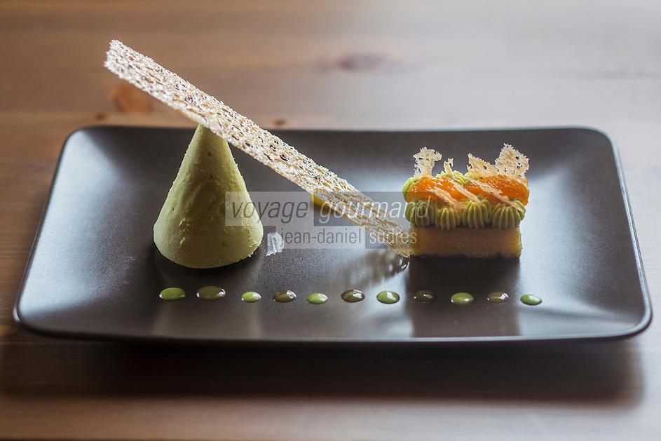 Europe/France/Rhone-Alpes/73/Savoie/Courchevel/Le Praz: Parfait glacé au génépi, jus et biscuit à la mandarine - Recette de  François Moureaux   Restaurant: Azimut,