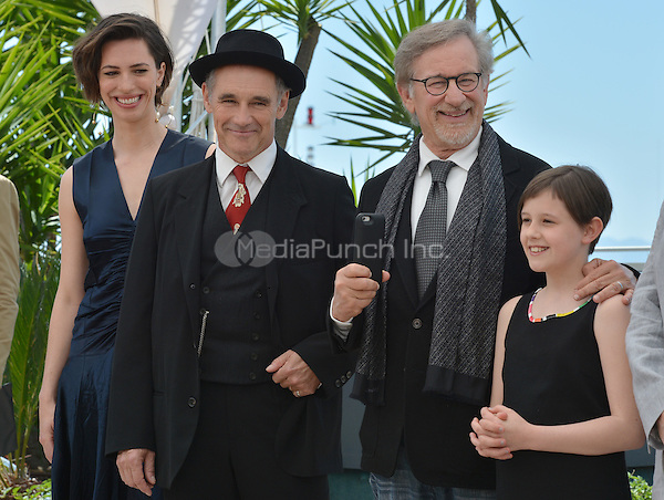 Rebecca Hall, Mark Rylance, Steven Spielberg and Ruby Barnhill at the Photocall &acute;The BFG` - 69th Cannes Film Festival on May 14, 2016 in Cannes, France.<br /> CAP/LAF<br /> &copy;Lafitte/Capital Pictures / MediaPunch ***North America &amp; South American Rights Only***