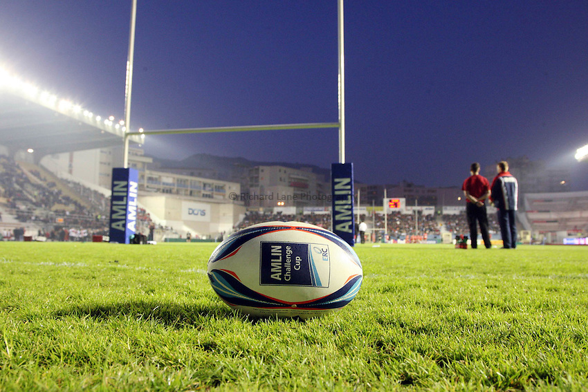 Photo: Iconsport/Richard Lane Photography. Toulon v Scarlets. Amlin Challenge Cup Quarter Final. 11/04/2010. .Amlin Challenge Cup ball.