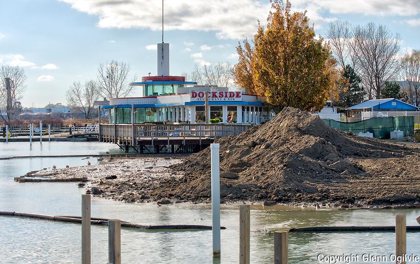 Work on Centennial Park boat ramp beside Bayside Restaurant has started up again.