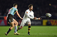 Danny Cipriani of Wasps passes the ball. European Rugby Champions Cup match, between Harlequins and Wasps on January 13, 2018 at the Twickenham Stoop in London, England. Photo by: Patrick Khachfe / JMP