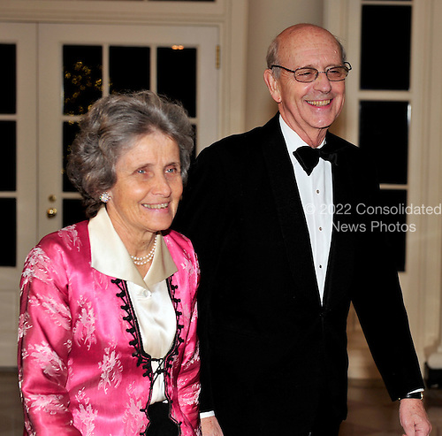 Associate Justice of the United States Supreme Court Stephen Breyer and Dr. Johanna Breyer arrive for the State Dinner in honor of President Hu Jintao of China at the White House In Washington, D.C. on Wednesday, January 19, 2011. .Credit: Ron Sachs / CNP.(RESTRICTION: NO New York or New Jersey Newspapers or newspapers within a 75 mile radius of New York City)