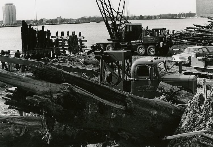 1967  November  21..Historical         ..CAPTION..Sam McKay.NEG# SLM66-16-39.4172..