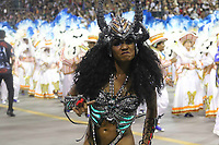 SÃO PAULO, SP, 09.03.2019 - CARNAVAL-SP - Valeska Reis rainha da escola de samba Império de Casa Verde comemoram no desfile das campeãs do grupo especial de São Paulo na noite deste sábado, 09. (Foto: Nelson Gariba/Brazil Photo Press)