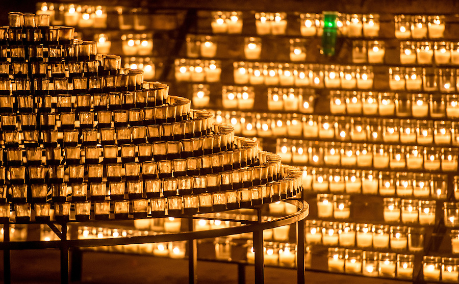 Sep. 12, 2014; Grotto Candles. (Photo by Matt Cashore/University of Notre Dame)