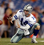 8 October 2007:  Dallas Cowboys quarterback Brad Johnson practices holds prior to a game against the Buffalo Bills at Ralph Wilson Stadium in Buffalo, New York. The Cowboys defeated the Bills 25-24 for their fifth consecutive win of the season...Mandatory Photo Credit: Ed Wolfstein Photo