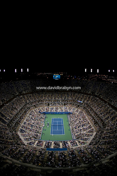 4 September 2005 - Flushing, NY - Wide angle view of the Arthur Ash stadium at the National Tennis Center in Flushing, USA, during a 2005 US Open match, 4 September 2005. Photo Credit: David Brabyn