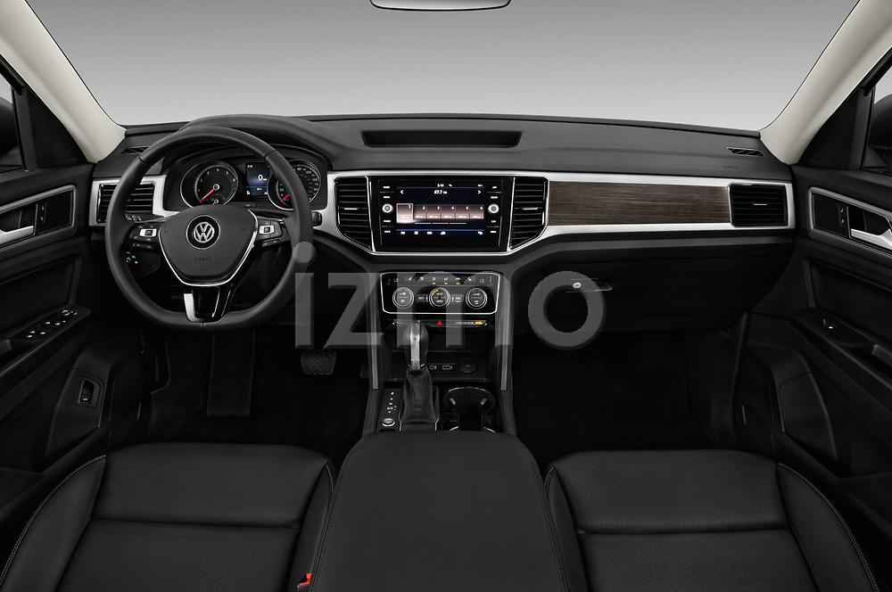Stock photo of straight dashboard view of 2018 Volkswagen Atlas SEL 5 Door SUV