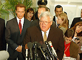 Washington, DC - October 29, 2009 -- United States House Speaker Dennis Hastert introduces California Governor-elect Arnold Schwarzenegger as they meet reporters in the U.S. Capitol in Washington, DC on October 29, 2003.  Schwarzenegger was meeting with the United States House Republican Conference to discuss ways to bring more money to California to help eliminate its financial crisis..Credit: Ron Sachs / CNP