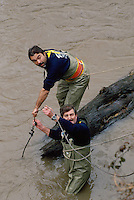 - Brianza, Civic Protection volunteers take the necessary steps for the cleaning and the rearrangement of Lambro river bed....- Brianza, gruppi di volontari della Protezione Civile provvedono alla pulizia e al riassetto dell'alveo del fiume Lambro