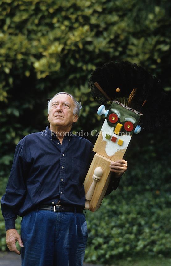 Enrico Baj, pittore lombardo, photo in Varese-  © Leonardo Cendamo