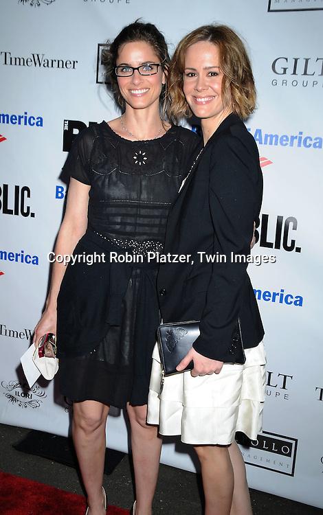Amanda Peet and Sarah Paulson