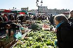 20080202 - France - Aquitaine - Bordeaux<br /> LE MARCHE SAINT-MICHEL, PLACE SAINT-MICHEL A BORDEAUX.<br /> Ref : MARCHE_023.jpg - © Philippe Noisette.
