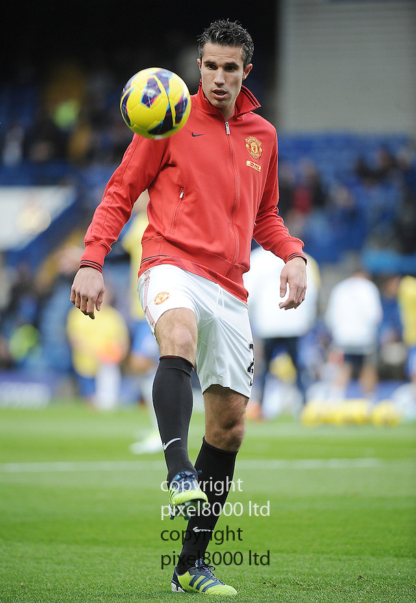 Robin van Persie of Manchester United in action during the Barclays Premier League match between Manchester United and Chelsea at Stamford Bridge on Sunday 28 October, 2012 in London, England. Picture Zed Jameson/pixel 8000 ltd.