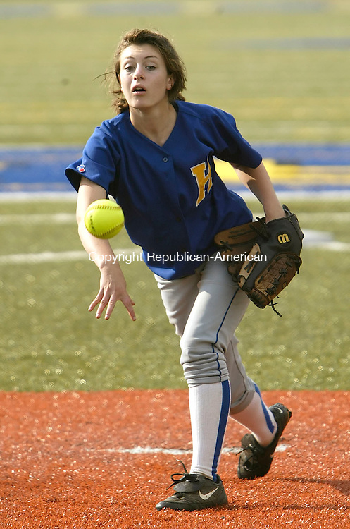 WATERBURY, CT 05/27/08- 052708BZ03- Housatonic's Mary Perotti (31) pitches against Kaynor Tech at Municipal Stadium Tuesday.  <br />  Jamison C. Bazinet Republican-American