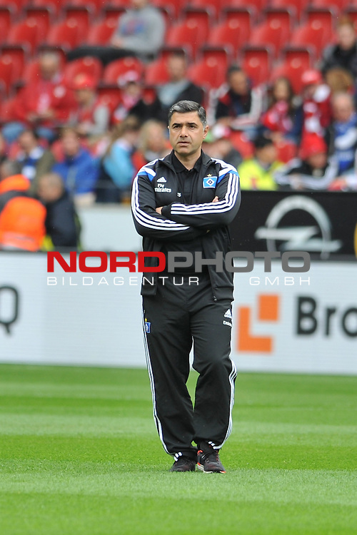 03.05.2015, cofacearena, Mainz, GER, FSV Mainz 05 vs. Hamburger SV, im Bild: Eddy Soezer (Co-Trainer, Hamburger SV)<br /> <br /> Foto &copy; nordphoto / Fabisch