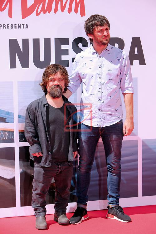 Estrella Damm presenta:<br /> La Vida Nuestra.<br /> Raul Arevalo &amp; Peter Dinklage.