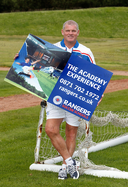 Ian Durrant at Murray Park promoting the Rangers Academy