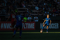 Seattle, WA - Saturday, July 1, 2017:  Jess Fishlock during a regular season National Women's Soccer League (NWSL) match between the Seattle Reign FC and the Portland Thorns FC at Memorial Stadium.