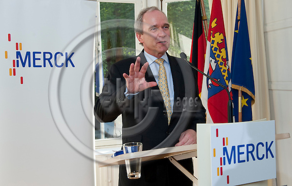 Brussels-Belgium - June 15, 2011 -- Parliamentary Summer Reception by Merck KGaA at the European Office of Konrad-Adenauer-Stiftung; here, Dr. Karl-Ludwig KLEY, Chairman of the Executive Board of Merck KGaA, during his welcome address -- Photo: Horst Wagner / eup-images