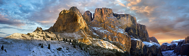 Dolomite Mountain range from the Sulla Pass between the Val Gardena and Val di Fassa, the Western Dolomites, Southern Tyrol, Trentino, Italy.
