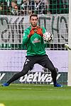 01.12.2018, Weserstadion, Bremen, GER, 1.FBL, Werder Bremen vs FC Bayern Muenchen<br /> <br /> DFL REGULATIONS PROHIBIT ANY USE OF PHOTOGRAPHS AS IMAGE SEQUENCES AND/OR QUASI-VIDEO.<br /> <br /> im Bild / picture shows<br /> Jiri Pavlenka (Werder Bremen #01) beim Aufw&auml;rmen, <br /> <br /> Foto &copy; nordphoto / Ewert