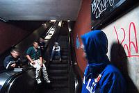 Roma / Italia - 12/2011.Giovani profughi provenienti dall'Afghanistan. Vivono accampati in condizioni precarie presso il binario 15 della Stazione Ostiense, nel centro della capitale..Durante il giorno vagano alla ricerca di cibo e di un riparo sicuro e passano la notte nei sotterranei della stazione..Essendo tutti minori non accompagnati, ho reso irriconoscibili i loro volti al fine di salvaguardare la loro identità e sicurezza..Ricevono supporto umanitario e legale dall'associazione Albero della vita. .Foto Livio Senigalliesi