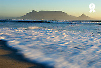 Breaking waves of table mountain, South Africa, South Weatern Cape, Cape Town, Table mountain<br /> (Licence this image exclusively with Getty: http://www.gettyimages.com/detail/73014019 )