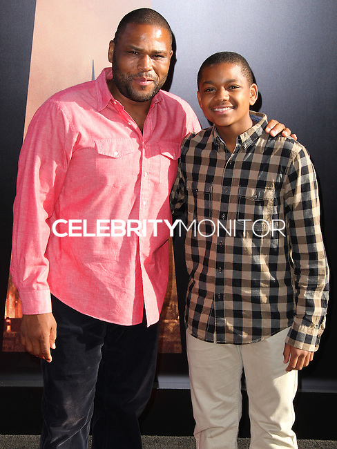 """HOLLYWOOD, LOS ANGELES, CA, USA - MAY 08: Anthony Anderson at the Los Angeles Premiere Of Warner Bros. Pictures And Legendary Pictures' """"Godzilla"""" held at Dolby Theatre on May 8, 2014 in Hollywood, Los Angeles, California, United States. (Photo by Xavier Collin/Celebrity Monitor)"""