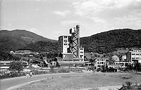 Vecchio impianto industriale abbandonato nei pressi di Goražde --- Old abandoned industrial plant near Goražde