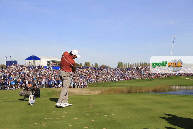 Francesco Molinari (Team Europe) tees off the 11th tee during Saturday's Foursomes Matches at the 2018 Ryder Cup 2018, Le Golf National, Ile-de-France, France. 29/09/2018.<br /> Picture Eoin Clarke / Golffile.ie<br /> <br /> All photo usage must carry mandatory copyright credit (© Golffile | Eoin Clarke)