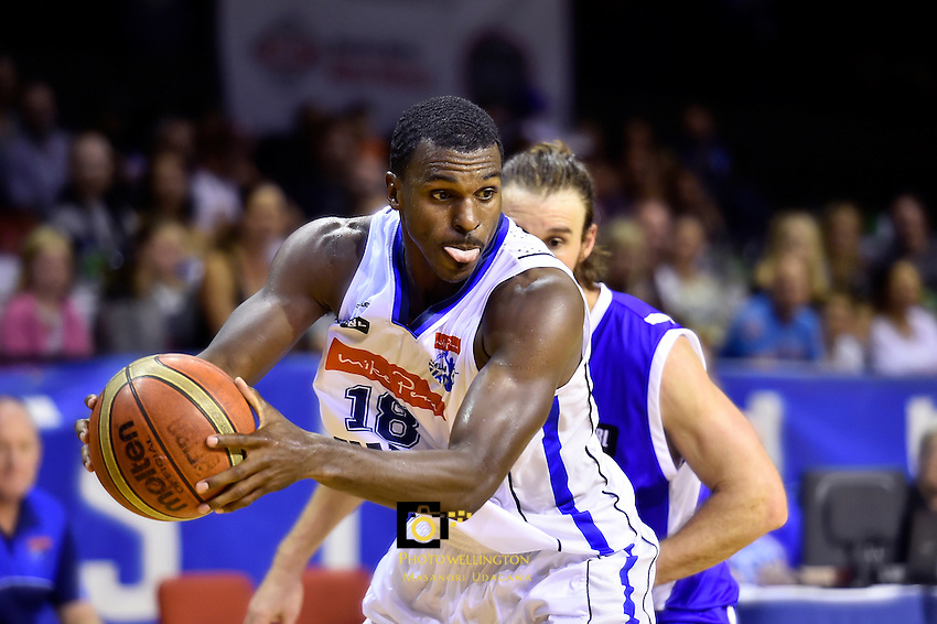 Raymond Cowels III in action during the NBL - Wellington Saints v Nelson Giants at TSB Bank Arena, Wellington, New Zealand on Monday 28 March 2016. <br /> Photo by Masanori Udagawa. <br /> www.photowellington.photoshelter.com.