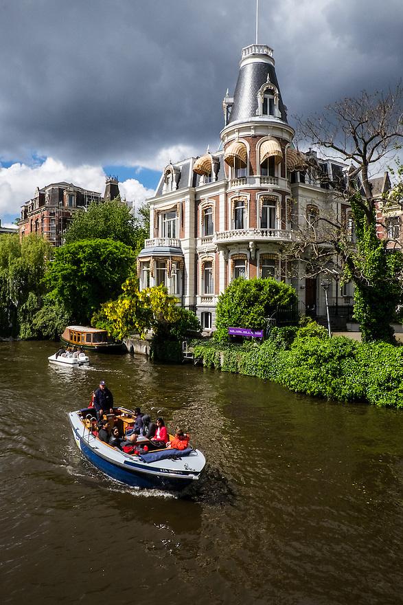 Nederland, Amsterdam, 30 mei 2015<br /> Prachtig pand aan de stadhouderskade.<br />  <br /> Foto: Michiel Wijnbergh