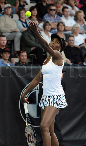30.12.2013 Auckland, New Zealand. USA's Venus Williams in action during her first round singles match on day 1 of the ASB Classic Women's International. ASB Tennis Centre, Auckland, New Zealand.