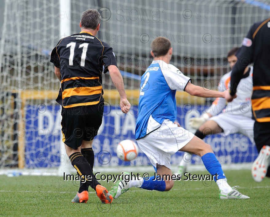 Alloa veteren Robbie Winters scores Alloa's second.