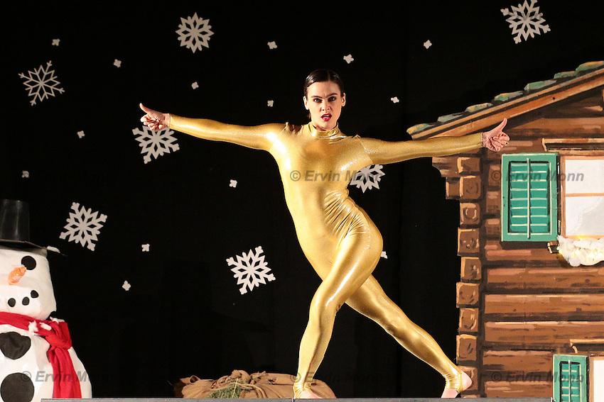 Nina Burri - Auftritt vom 30.12.2012 in Disentis/Mustér